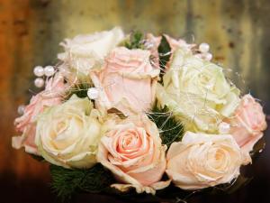 Hochzeitstrauß Rosen