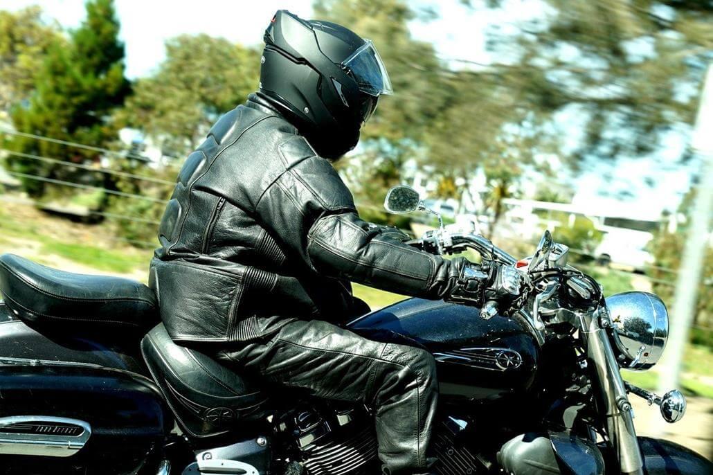 Protektorenjacke Motorradfahrer