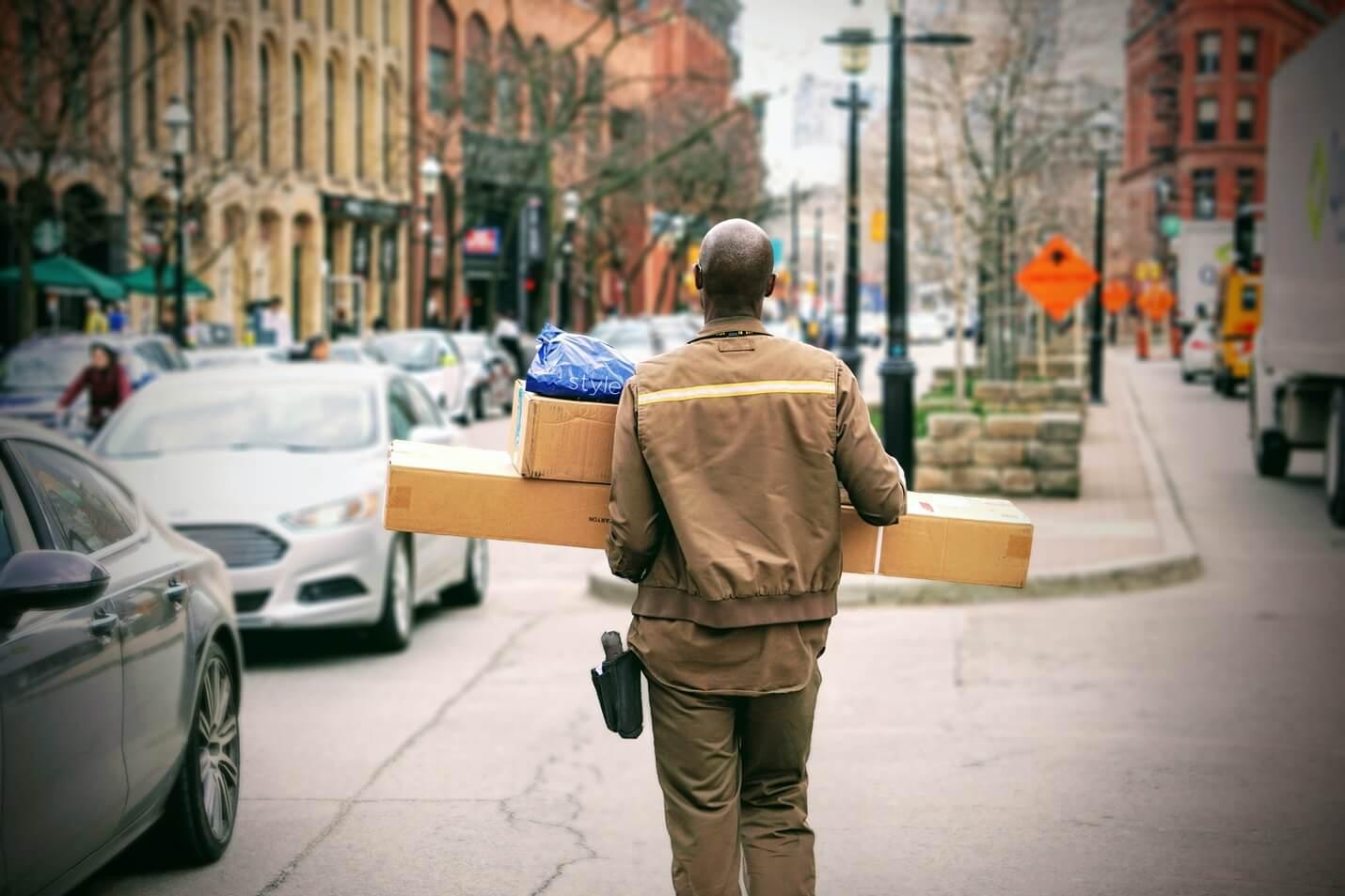 Pakete liefern lassen